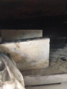 薪ストーブ 煙突掃除 方法 炉内2